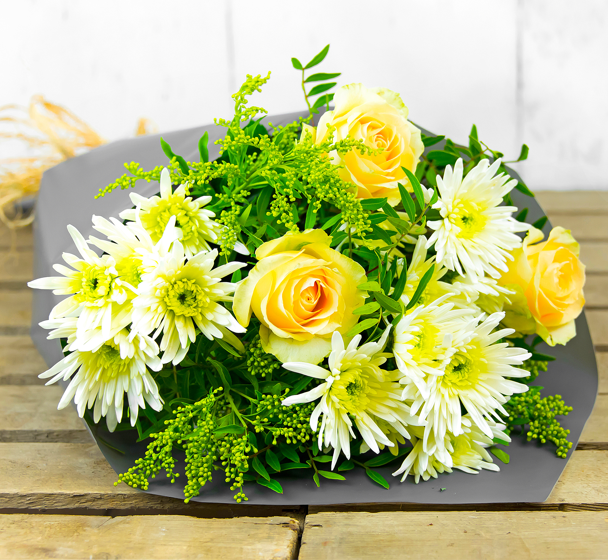 Rosie Sunrise – Free Delivery - Chrysanthemums and Roses – Summer Flowers – Birthday Flowers